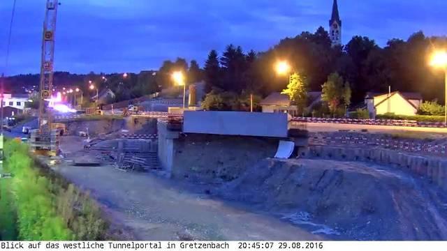 Eppenberg Webcam 3 im Zeitraffer: Blick auf das westliche Tunnelportal in Gretzenbach