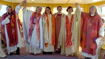 Sie machten es anders: In Konstanz weihten sich Frauen gleich selbst zu Priesterinnen.Archiv/Keystone