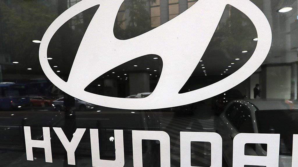 Hyundai und Kia rufen rund 1,5 Millionen Autos zurück. Als Grund nannten die Schwesterunternehmen Motorenprobleme.
