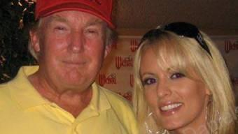 Amüsieren sich blendend: Stormy Daniels und Donald Trump bei einem Treffen 2006.