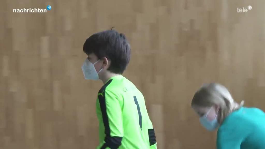Maskenpflicht im Sportunterricht ab der 5. Primar in Luzern