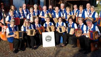 Sie unterhalten die Region seit 30 Jahren: Die Schwyzerörgeligruppe im Jahr 2014.
