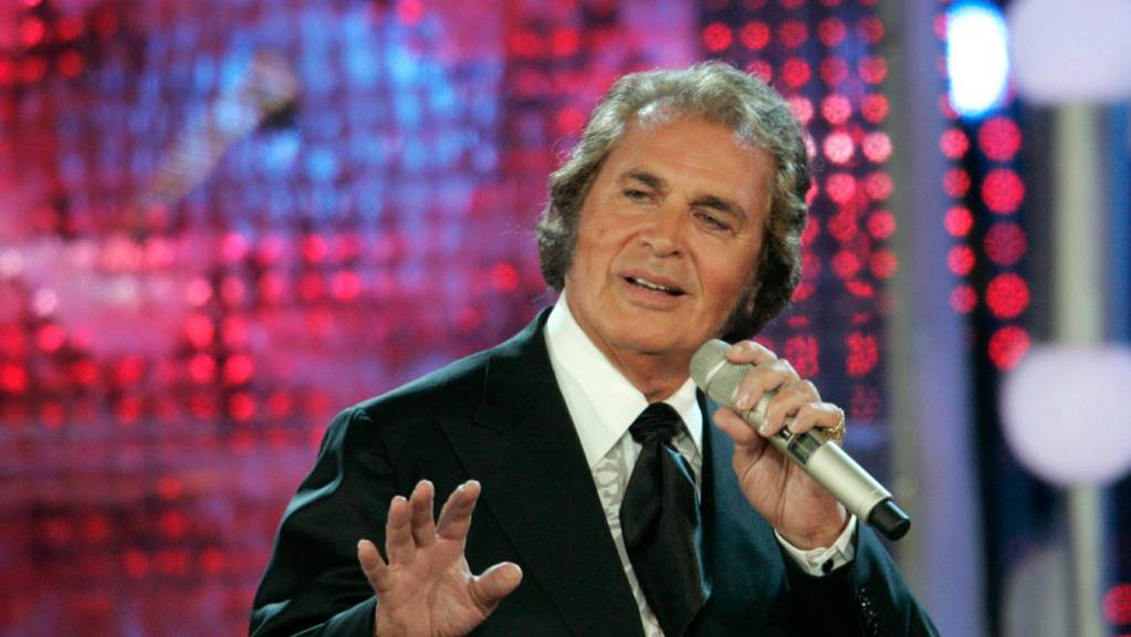 Sänger Engelbert Humperdinck feiert am 2. Mai seinen 85. Geburtstag.