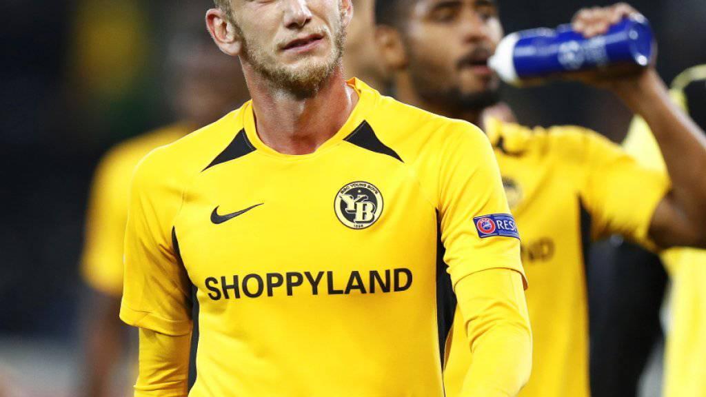 Gut gespielt und unzufrieden: YB-Captain Fabian Lustenberger zeigt seine Gemütslage nach dem 2:2 offen