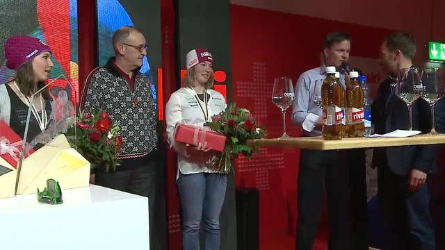 Rennabsage enttäuscht Fans — Medaillenfeier — Entstehung Skeleton-Bahn