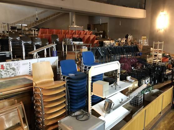 Der Rampenverkauf findet auf der Tribüne im Kurtheater Baden statt