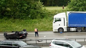 Dragica Kaufmann sass im schwarzen Renault Clio, der sich überschlagen hat und auf dem Dach zum Stillstand kam.