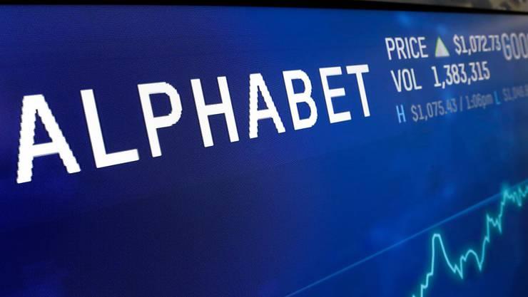 Der Mutterkonzern von Google, Alphabet, hat im abgelaufenen Geschäftsquartal gute Resultate erwirtschaftet. (Archivbild)