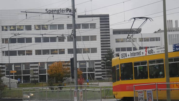 Die Tramhaltstelle Spengler in Münchenstein.