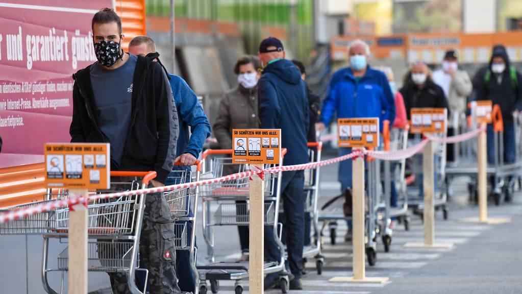 Ab Freitag gelten in Österreich wieder strengere Hygienemassnahmen.