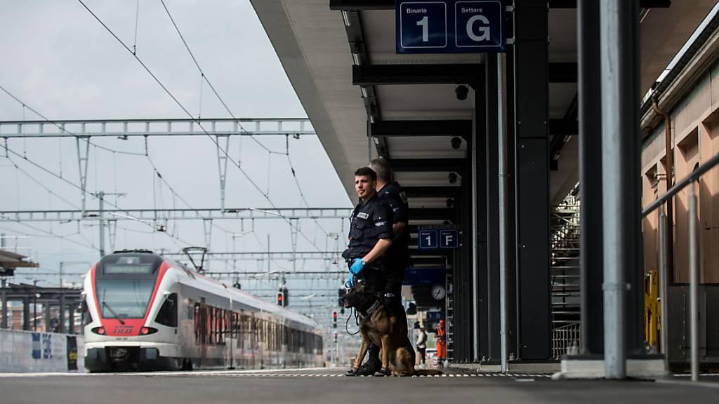 Die italienische Gewerkschaft Cgil kritisiert das Schweizer Coronakrisen-Management scharf.