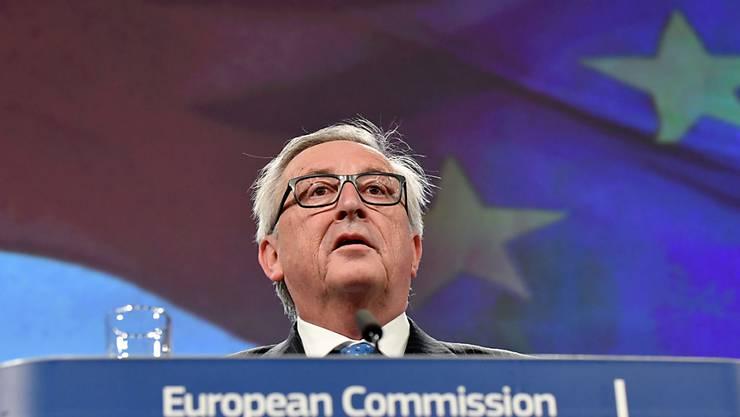 Zuckerbrot statt Peitsche: Trotz Strafandrohung will EU-Kommissionspräsident Jean-Claude Juncker weiterhin mit Polen über seine Justizreform sprechen.
