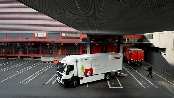 Seit 2015 sind beim Bäckereien-Zulieferer Pistor Elektro-LKW im Einsatz. Andere Transportunternehmen setzen hingegen auf Wasserstoff oder Gas.