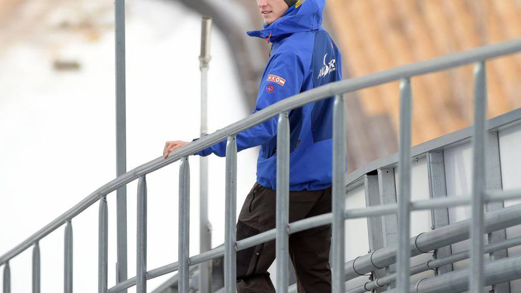Der Weltcup-Rekordsieger (53 Siege) Gregor Schlierenzauer aus Österreich will seine Skisprung-Karriere trotz seines kürzlich in Kanada beim Skifahren erlittenen Kreuzbandrisses fortsetzen