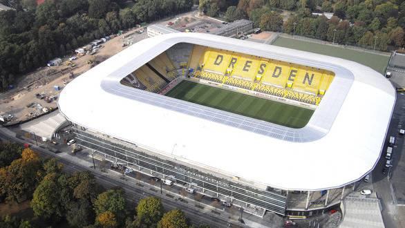 Die «Glücksgas-Arena» sorgt in Dresden für rote Köpfe.