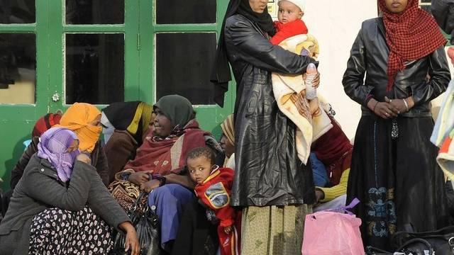 Flüchtlinge warten auf der Mittelmeerinsel Malta