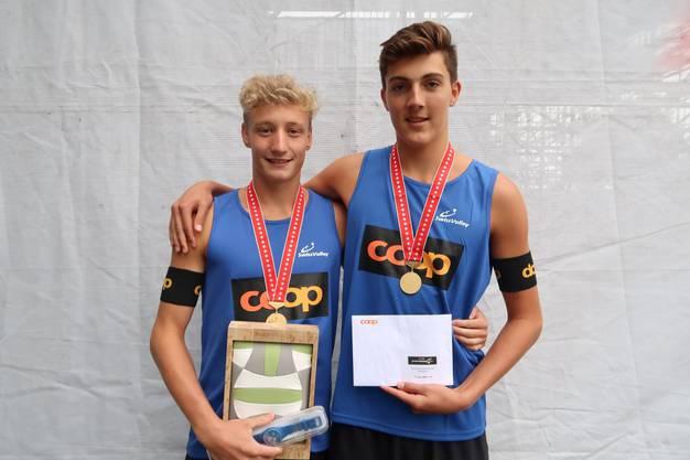 U19-Schweizermeister Jonathan Jorden (l.) und Immanuel Züricher