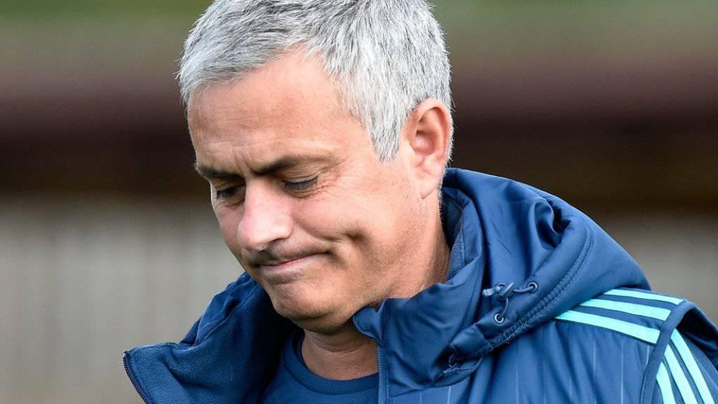 Die Gemütslage bei Chelsea-Trainer José Mourinho (52) ist nach dem verpatzten Saisonstart nicht gerade rosig