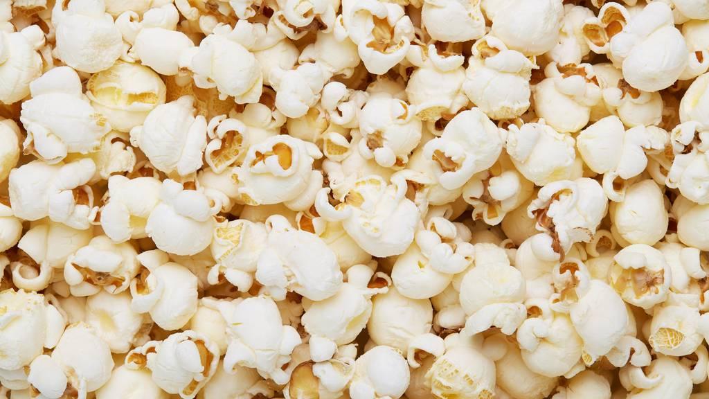 Schmeiss den TV an, das Popcorn ist ready.