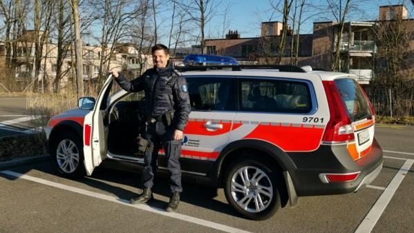 Der Dietiker Stadtrat hat der Anschaffung neuer Uniformen für die Stadtpolizei zugestimmt.