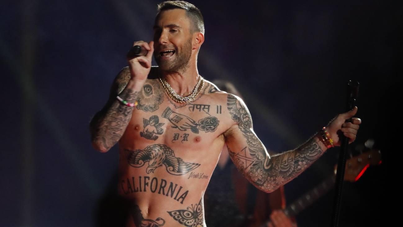 Maroon 5 Adam Levine Half Time Show