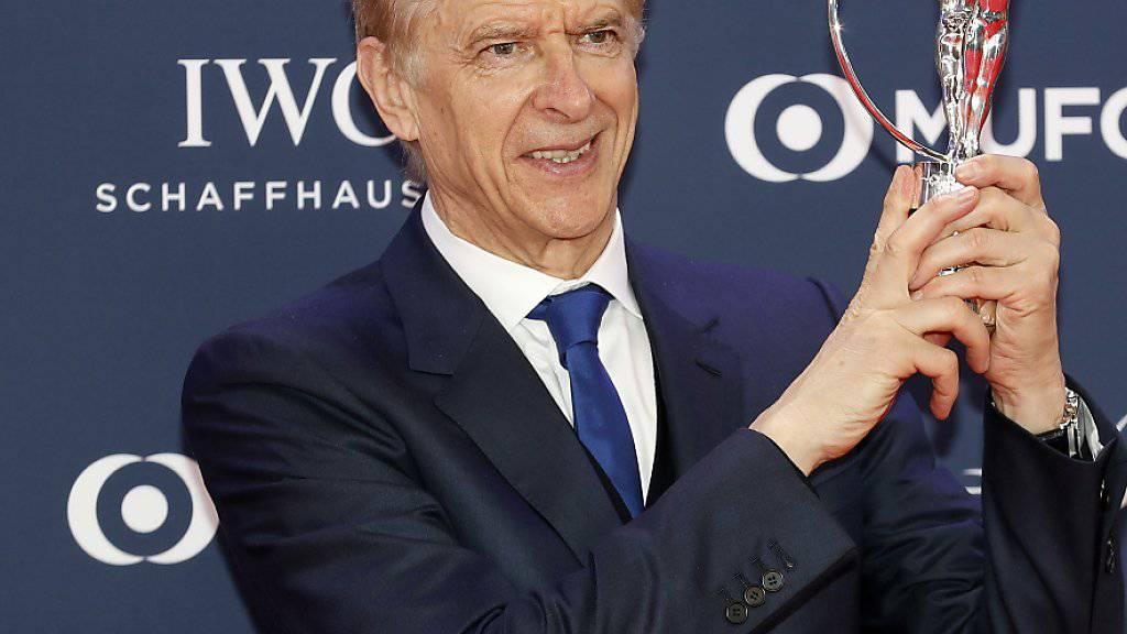 Arsène Wenger (Bild) will wenige Monate nach seinem Gewinn eines Laureus-Awards für sein Lebenswerk wieder in den Fussball zurück