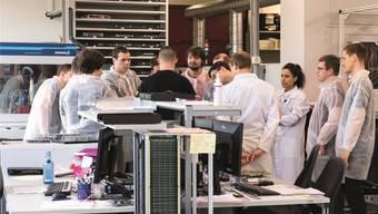 Die Studentinnen und Studenten erhalten einen Einblick bei der Iftest AG. zvg