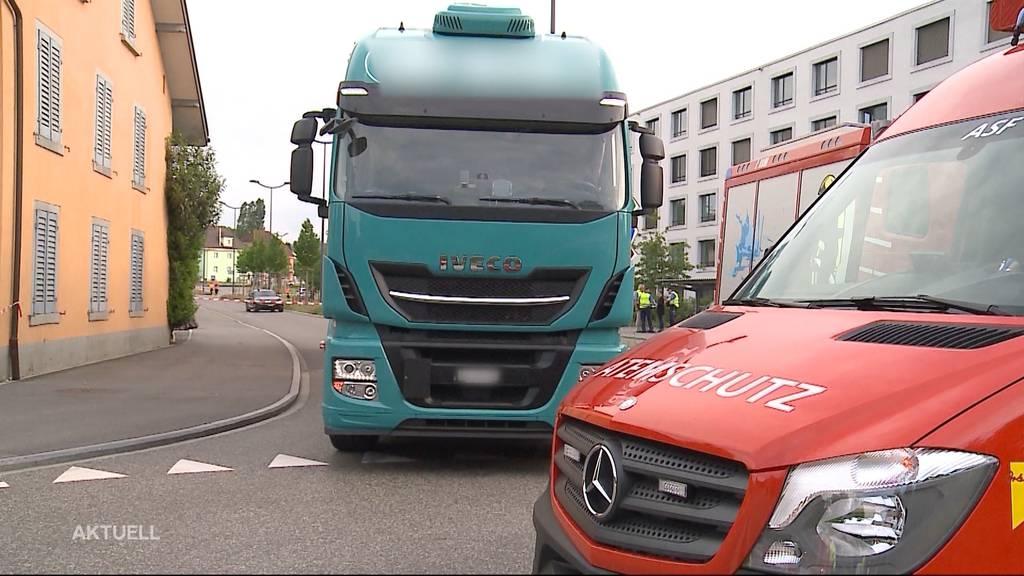 Lastwagen überrollte Rentner in Windisch: LKW-Chauffeur vor Gericht
