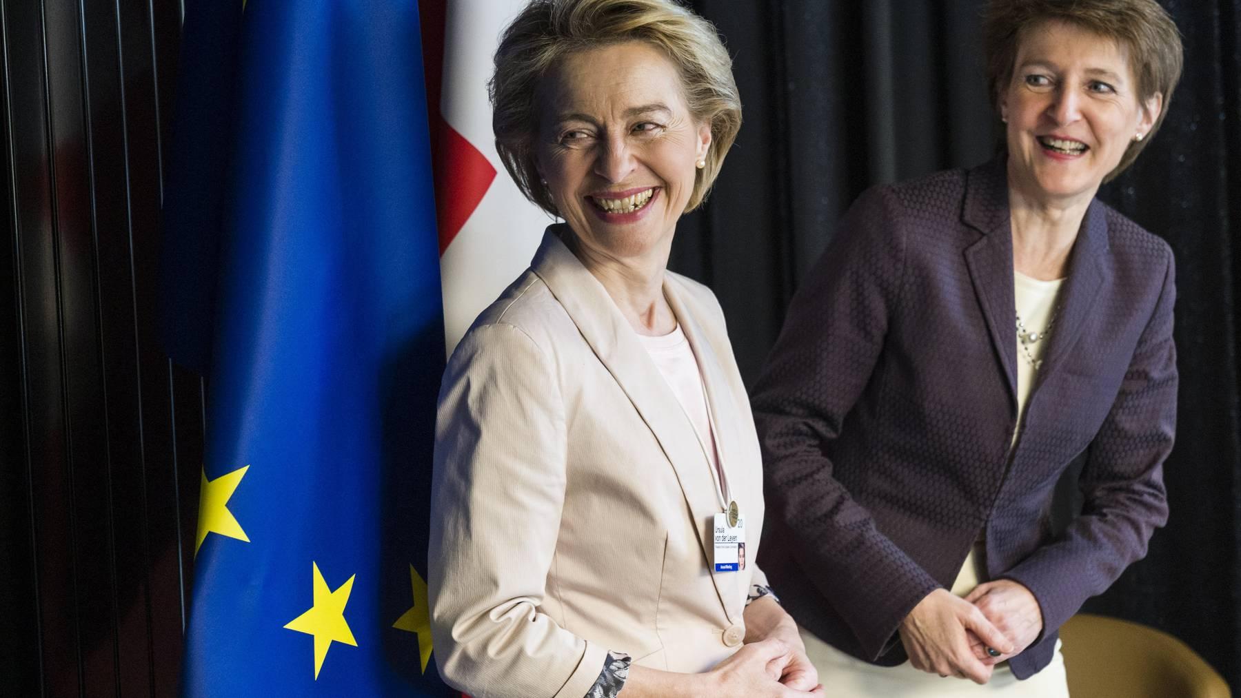 Simonetta Sommaruga und Ursula von der Leyen am WEF in Davos.