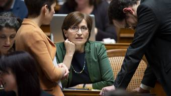 Die gescheiterte Bundesratskandidatin Regula Rytz mit Ständerätin Lisa Mazzone (l.) und Fraktionschef Balthasar Glättli.