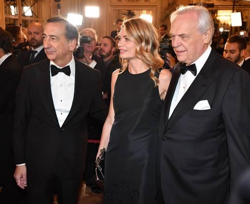 Der Mailänder Bürgermeister Giuseppe Sala, seine Partnerin Chiara Bazoli und der Chef-Intendant der Scala Alexander Pereira (v.l.n.r.) liessen sich die Premiere von «Attila» nicht entgehen.