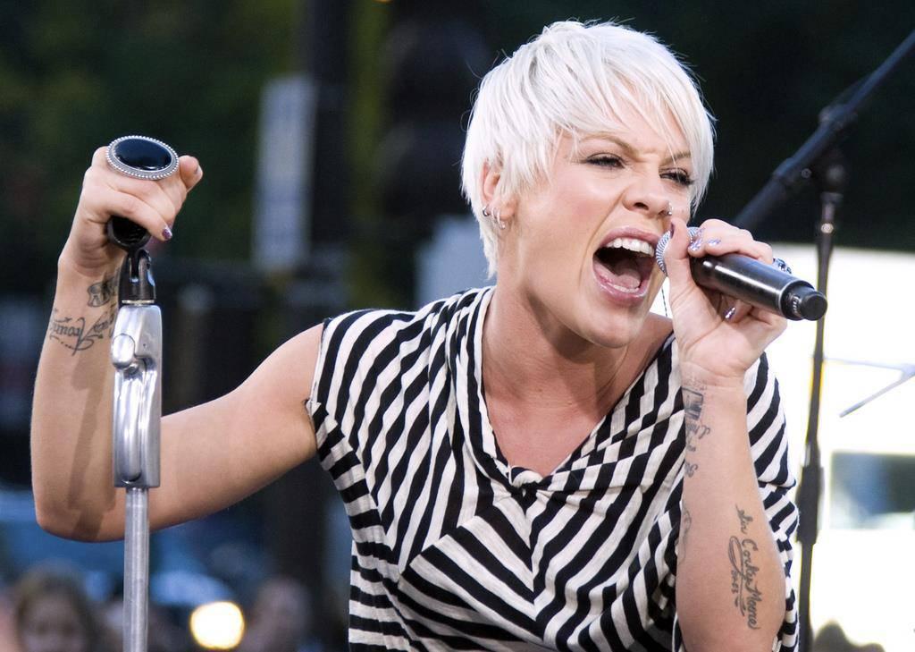 Sängerin Pink ist seit über 17 Jahren auf internationalen Bühnen unterwegs (© Keystone/getty)