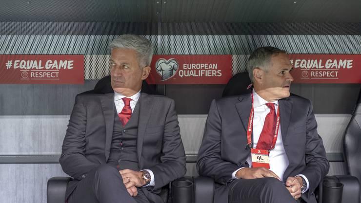 Müssen sich den Problemen stellen: Nationaltrainer Vladimir Petkovic und Pierluigi Tami, der Direktor des Nationalteams.