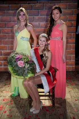 Andrea Sekler (Mitte) zusammen mit der Miss Solothurn 2011 Samira Fracasso (l.) und der Miss Solothurn 2012 Lyly Lam.