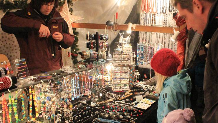 Im Schlosshof fand der Weihnachtsmarkt statt. Peter Weingartner