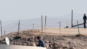 Ein ägyptischer Soldat bewacht die Grenze zu Israel