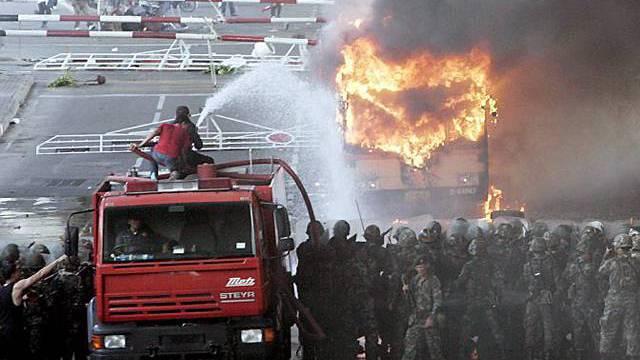 Machtkampf in Thailand voll entbrannt