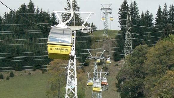 Die Bergbahn in Meiringen-Hasliberg: Glarner stürzte von einer dieser Gondeln 12 Meter in die Tiefe.
