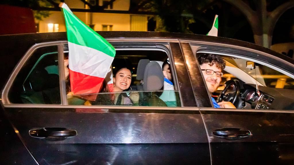 Hupkonzert nach 3:0-Sieg von Italien