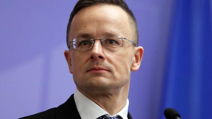 FILED - Ungarns Außenminister Peter Szijjarto nimmt an einer Pressekonferenz teil. Photo: -/Ukrinform/dpa