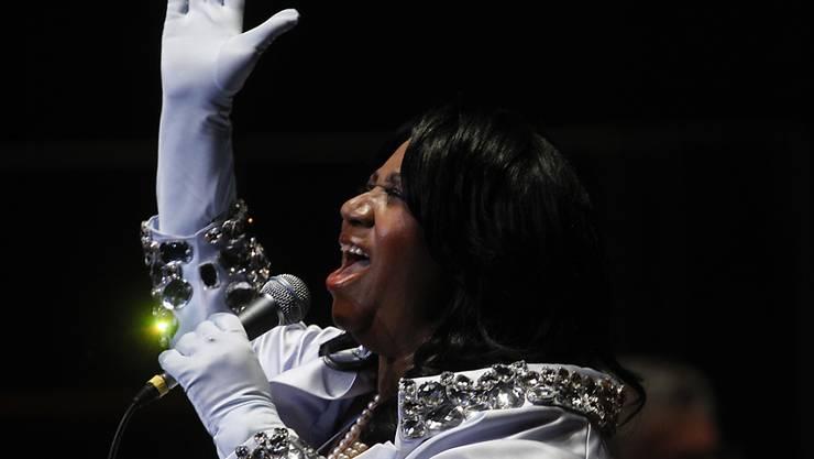 Ihr Haus wird für 800'000 Dollar verkauft: Die verstorbene Aretha Franklin, hier bei einem Konzert in Philadelphia 2010. (Archiv)