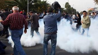 In Istanbul kam es zu Zusammenstössen von Demonstranten mit der Polizei