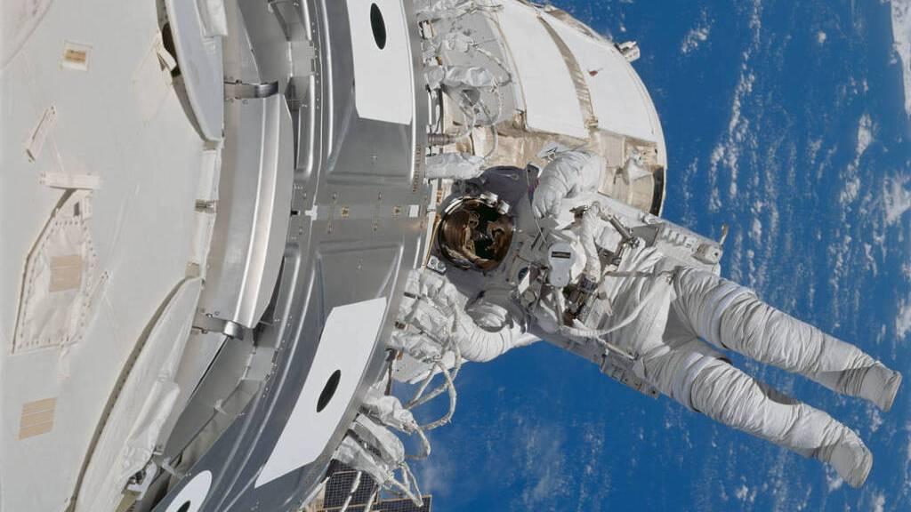 Gestank und Urin-Kaffee: Wie gut kennst du dich mit der ISS aus?
