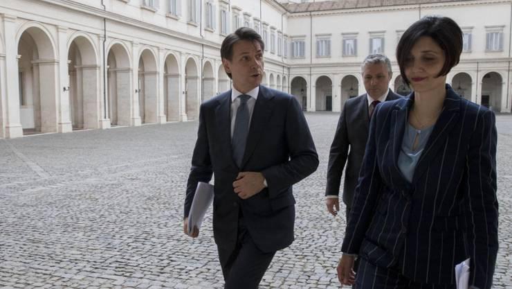 Ein Neuling, auf dem Weg Regierungschef zu werden: Giuseppe Conte im Hof des Quirinal-Palasts in Rom.