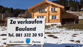 Der Markt für Zweitwohnungen ist übersättigt: Bauland in Furna im Praettigau. (Symbolbild)