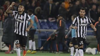 Juventus' Carlos Tevez (rechts) brachte die Gäste 1:0 in Führung
