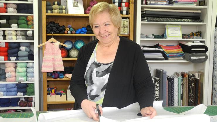 Judith Kündig in ihrem Laden in Unterengstringen.