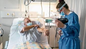 Gerade in den Bereichen Gesundheit und Pflege arbeiten viele Grenzgänger.
