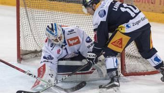 Niklas Schlegel lässt gegen den EVZ keinen Treffer zu