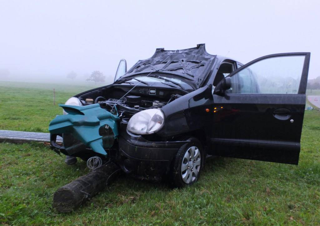 Bilder des Unfalls (© Kapo SG)